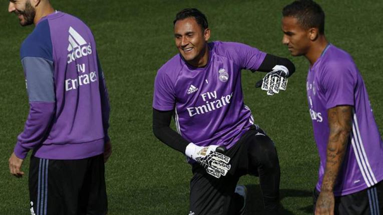 Навас се враќа во тимот на Реал
