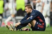 Нојер го повреди стапалото, го пропушта финишот во Бундес лигата