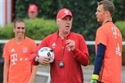 Анчелоти: Нојер и Коста ќе бидат подготвени за Реал