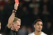 ФА го поништи црвениот картон на Нотон